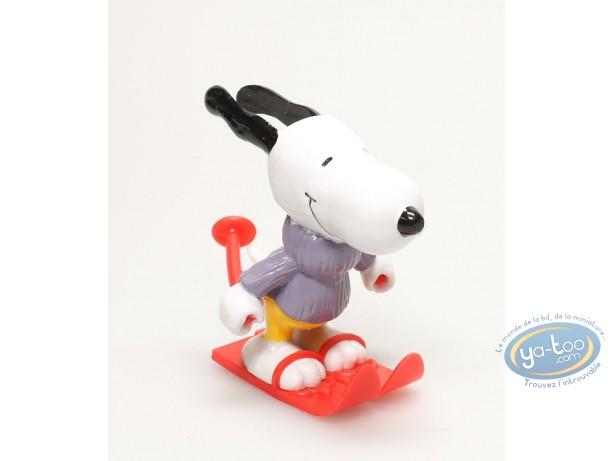 Plastic Figurine, Snoopy : Snoopy Skying