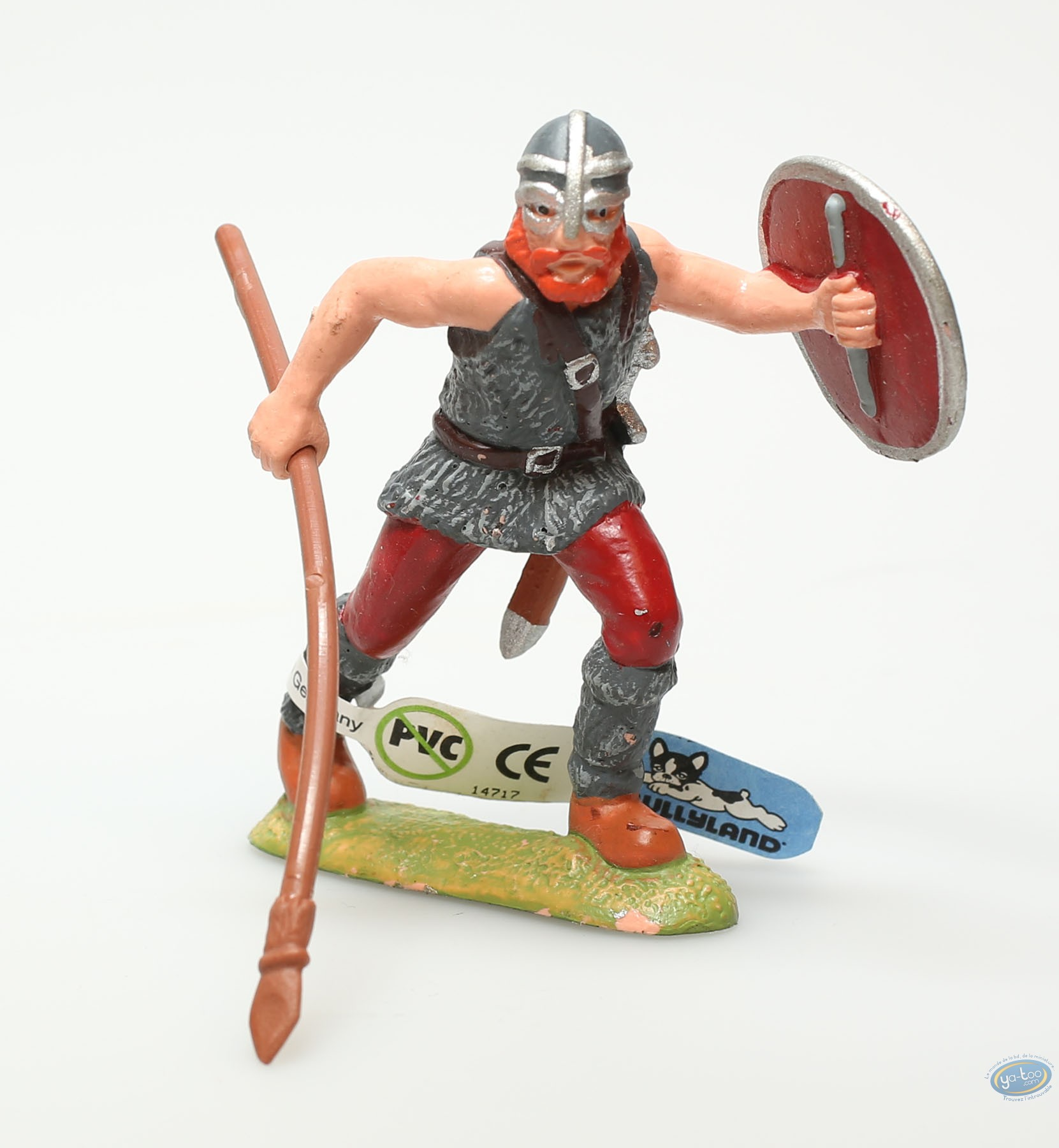 Plastic Figurine, Plastic figure, Knight : Viking with goglled helmet