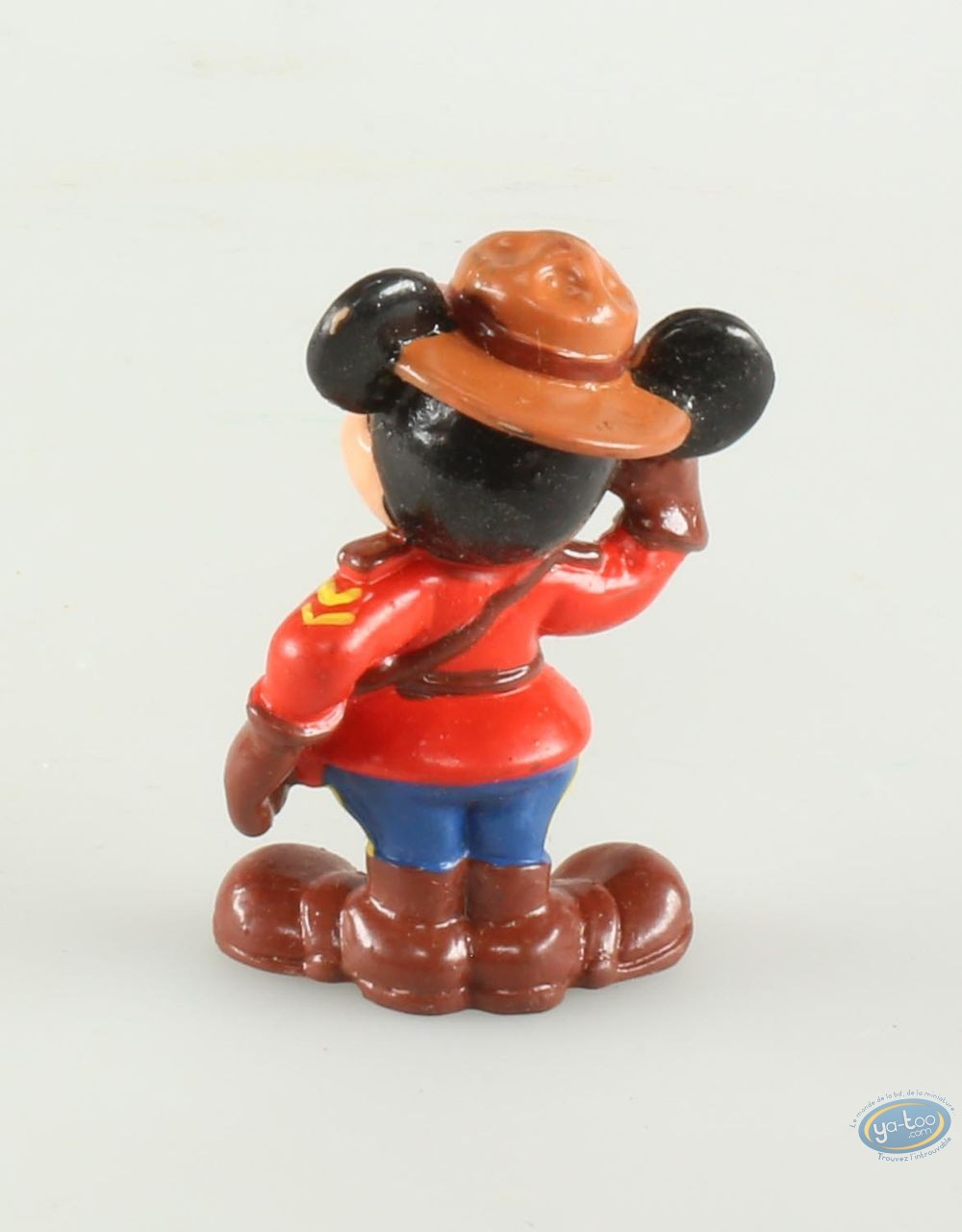 Plastic Figurine, Mickey Mouse : Mickey Mouse in Canadian policeman, Disney