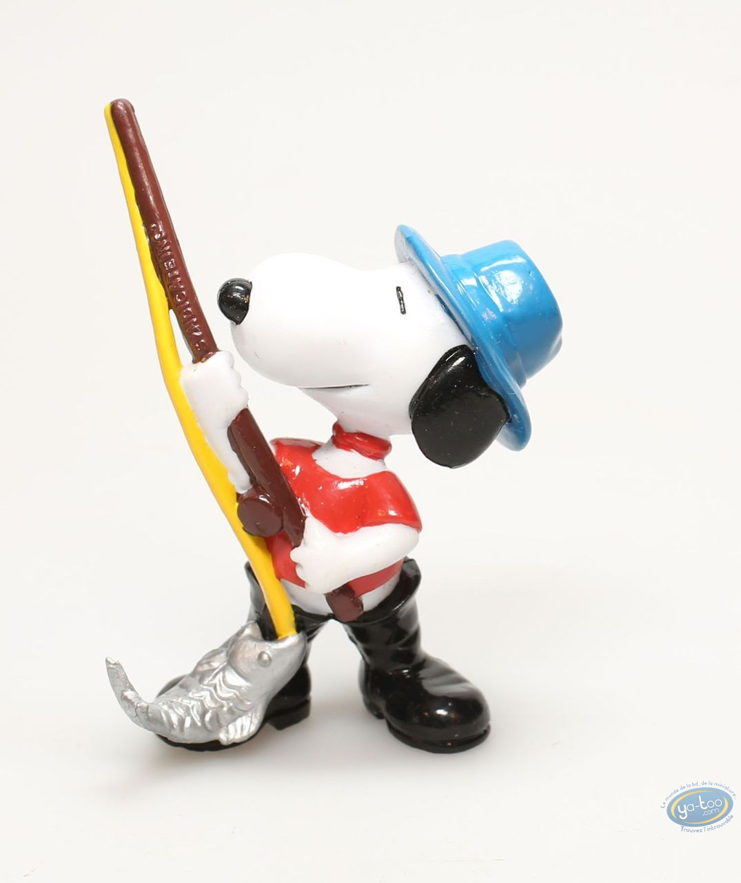 Plastic Figurine, Snoopy : Snoopy fischerman