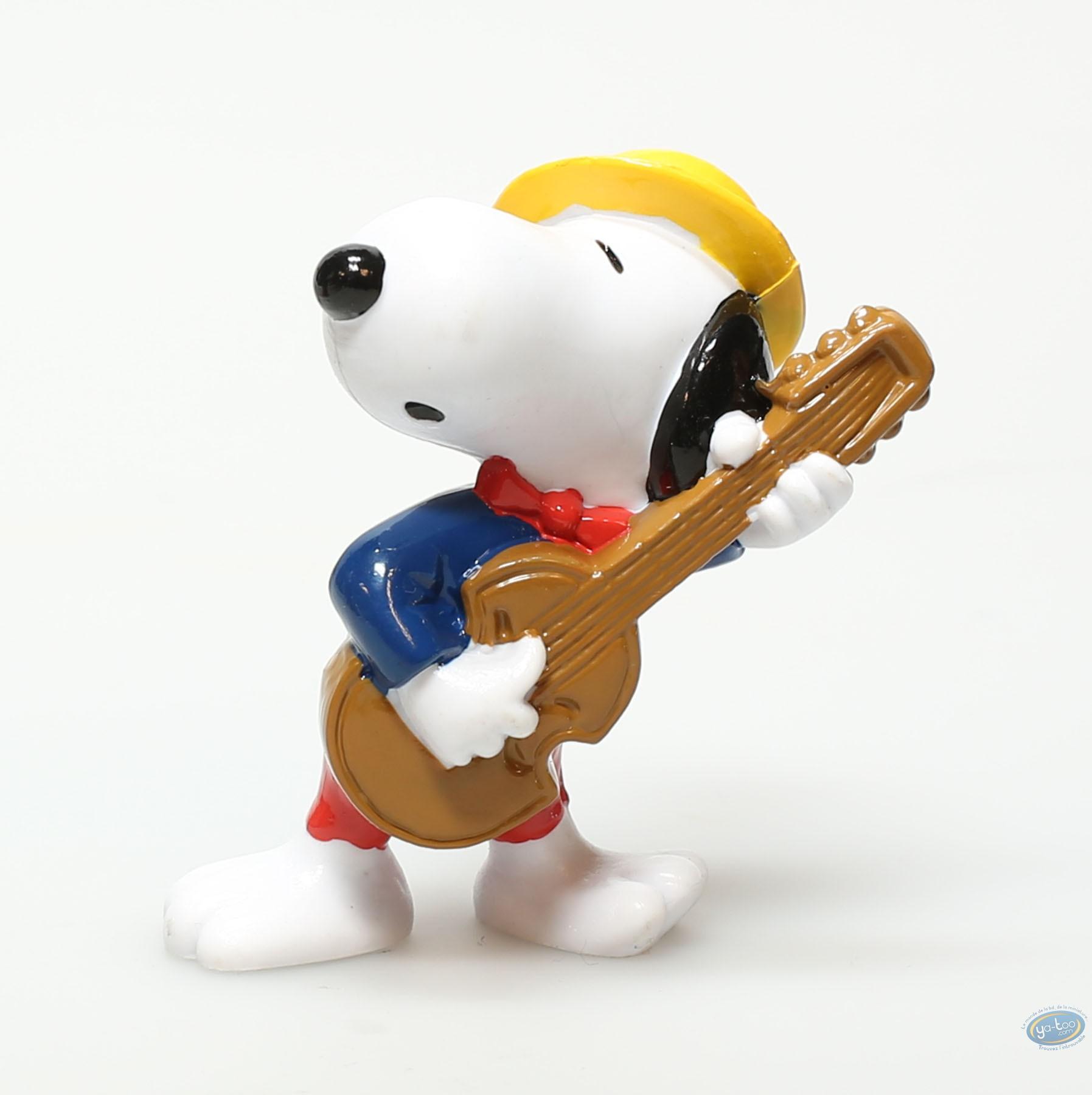 Plastic Figurine, Snoopy : Plastic figure, Schulz, Snoopy : Snoopy guitar player
