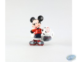 Mickey in dress of soccer, red pea jacket, Disney