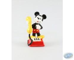 Mickey on the phone, Disney