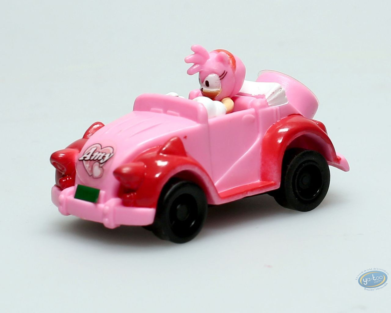Figurine plastique, Sonic : Amy en voiture
