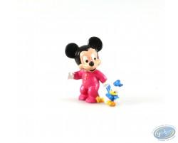 Bébé Mickey avec sa peluche Donald, Disney