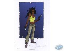 Femme noire aux pistolets