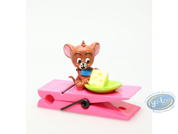 Plastic Figurine, Tom and Jerry : Junior Jerry on clothespin