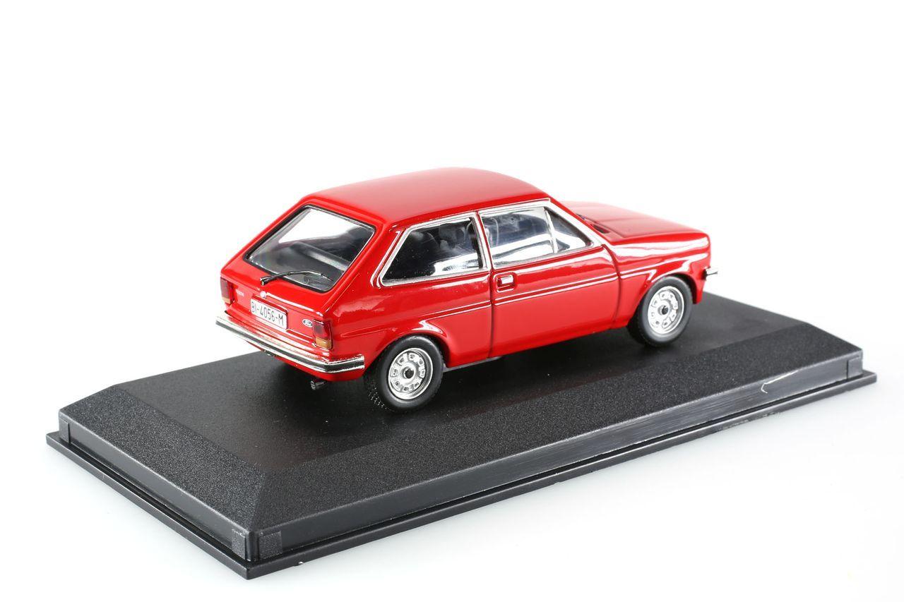 voiture civile auto indimenticabili it miniature ford. Black Bedroom Furniture Sets. Home Design Ideas